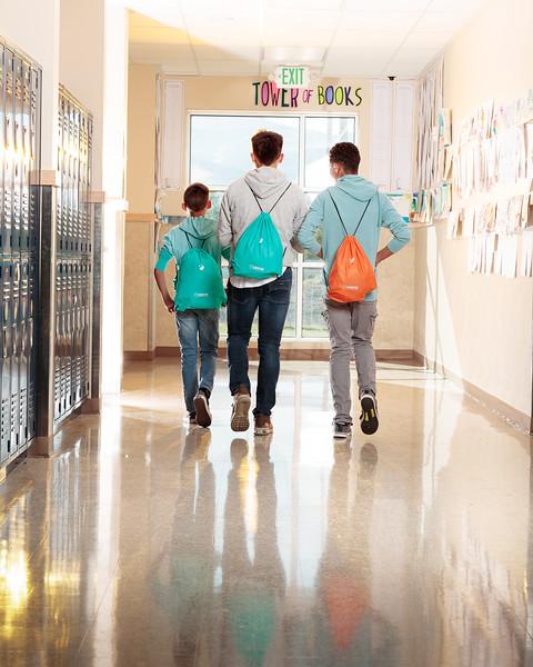 20190925_KidsEat_School_Lockers_withPeople_0041.jpg