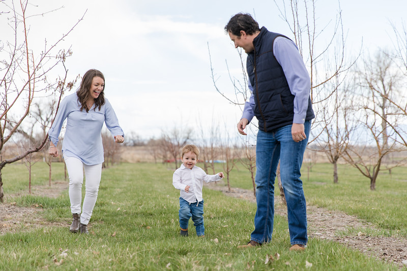 Rea Family at the Orchard