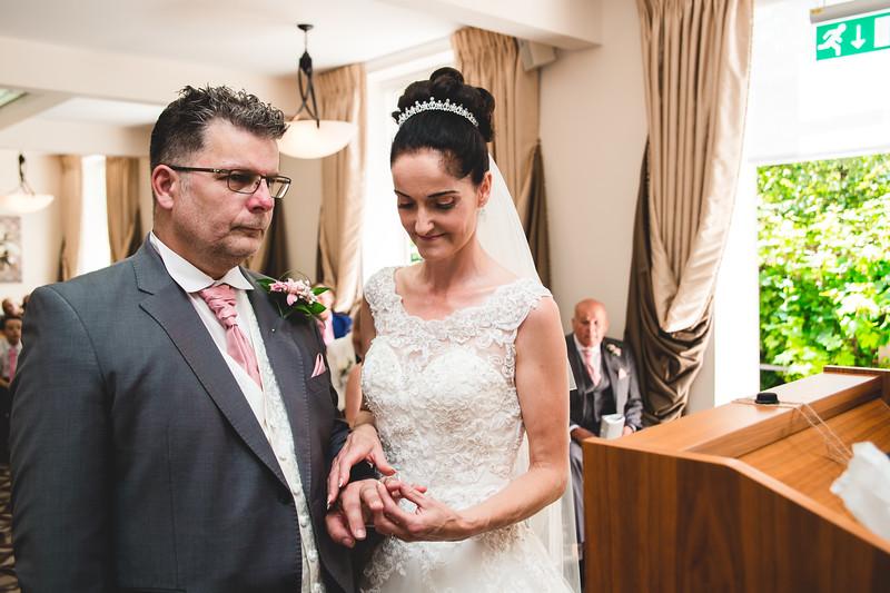 Mr & Mrs Hedges-Gale-49.jpg