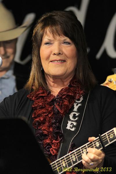 Joyce Smith - Fiddlers Roost Xmas Party 2013 040.jpg