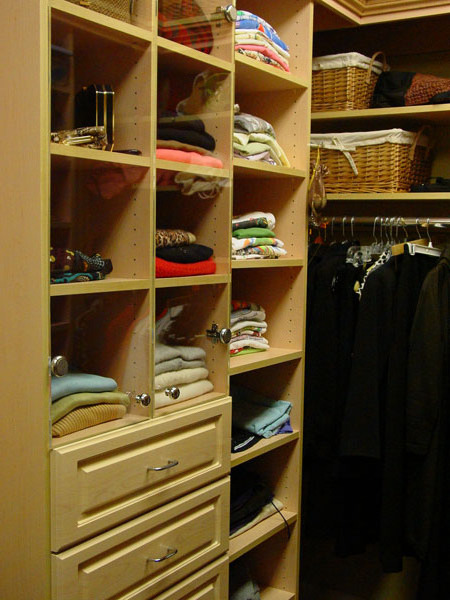 Linda could write a book on organization.  She's the best at this I have ever seen!