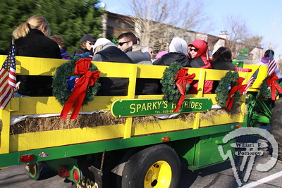 DOWNTOWN ORLEANS — sparky's hay rides. . . misc. locations — Orleans, MA 11 . 27 - 2010