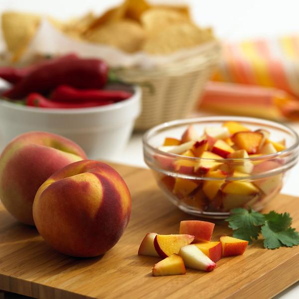 Peach-salsaprep1C.jpg