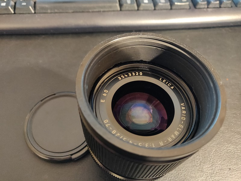Leica R 28mm–70mm 3.5–4.5 Vario Elmar-R - Serial 3543320 003.jpg