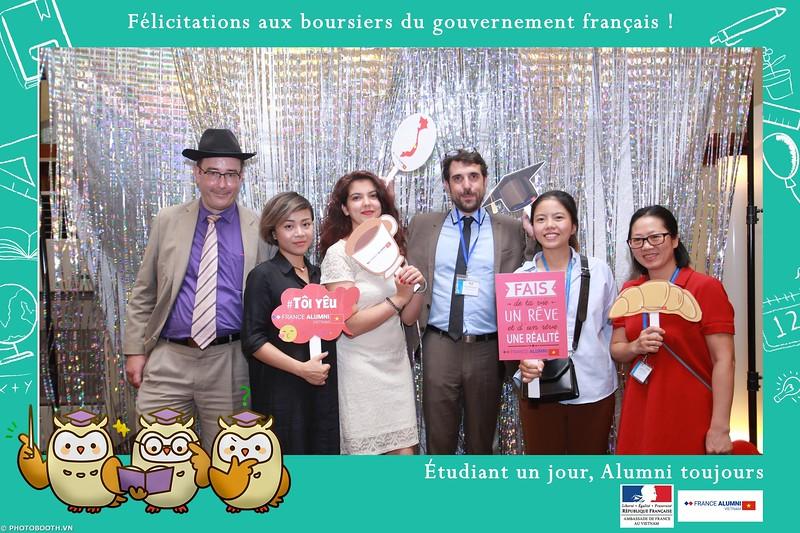 France-Alumni-Vietnam-photobooth-at-Franch-Embassy-Vietnam-photobooth-hanoi-in-hinh-lay-ngay-Su-kien-Lanh-su-quan-Phap-WefieBox-photobooth-vietnam-015.jpg