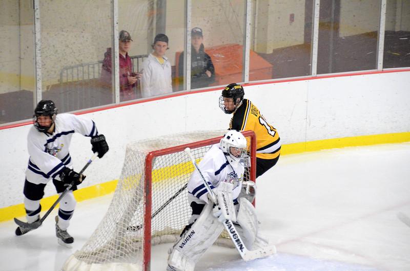 141004 Jr. Bruins vs. Boston Bulldogs-005.JPG
