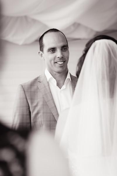 999_Black-and-White_She_Said_Yes_Wedding_Photography_Brisbane.jpg