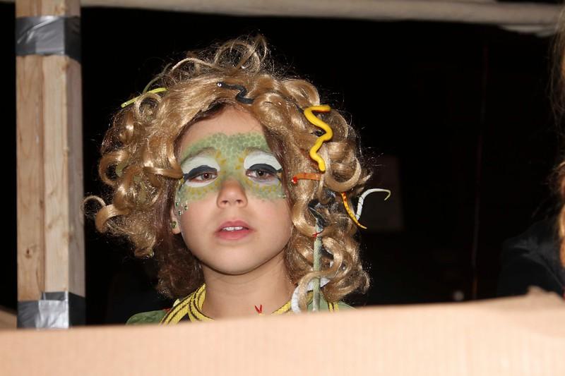 2011.10.31 Street Halloween Parade.ss-36.jpg