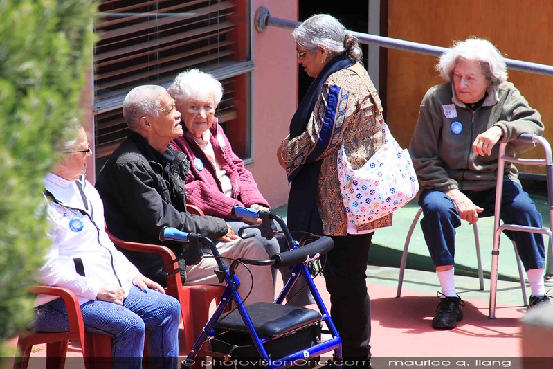 Villa residents get out in the sun and mingle!