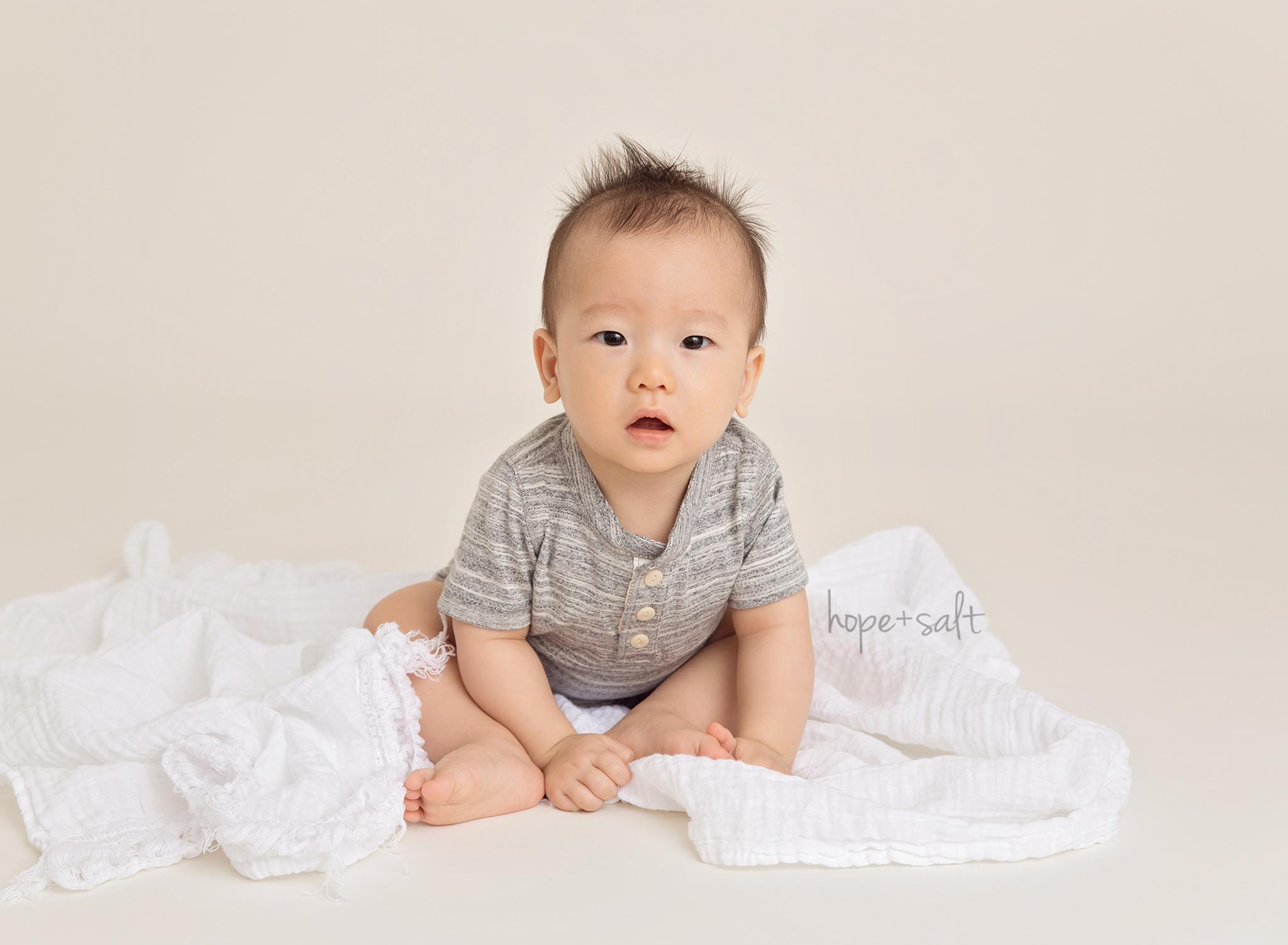 A studio sitter session for 8-month old boy Halden Oakville baby photographer Hope + Salt