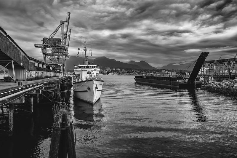 RogersSugar_docks.jpg