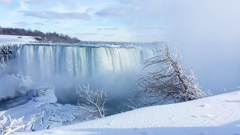 NiagaraFalls-Winter06.jpg