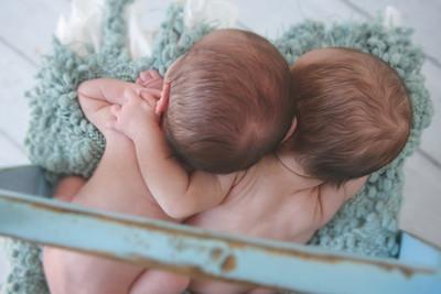 Crystal Newborn Twins Session