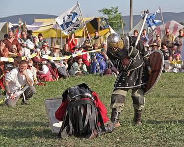 An Tir Crown Tourney - Fighting