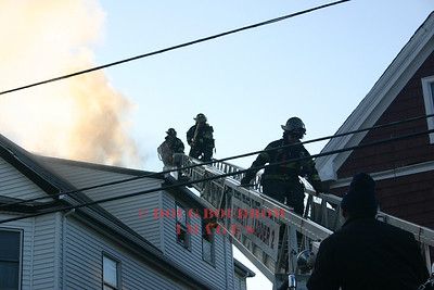 Everett, MA - Working Fire, 142 Central Ave, 3-18-05