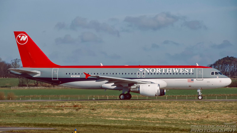 N365NW. Airbus A320-212. Northwest Airlines. Prestwick. April. 1999.