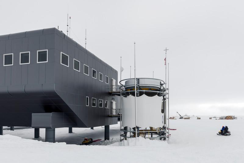 South Pole -1-5-18078862.jpg