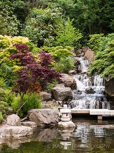 Waterfall Japanse Garden Style