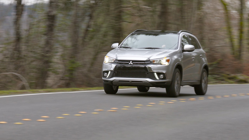 2018 Mitsubishi Outlander Sport 2.4 SEL AWC Driving Reel