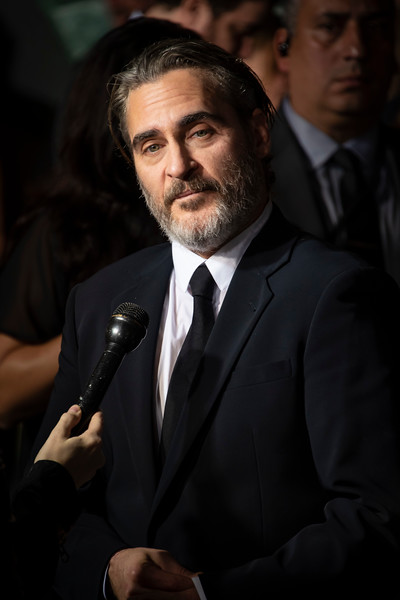"""HOLLYWOOD, CALIFORNIA - SEPTEMBER 28: Joaquin Phoenix attends the premiere of Warner Bros Pictures """"Joker"""" on Saturday, September 28, 2019 in Hollywood, California. (Photo by Tom Sorensen/Moovieboy Pictures)"""