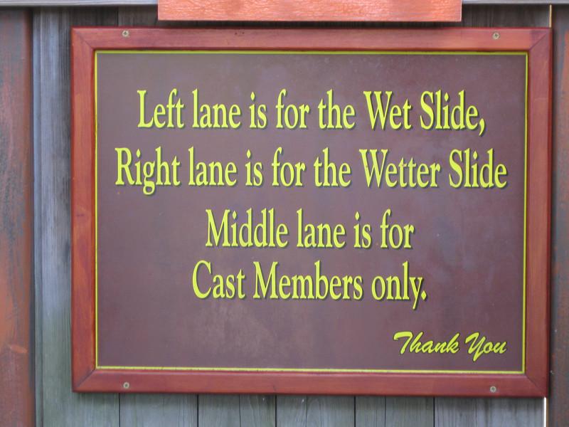 Tall Timber Splash queue sign.