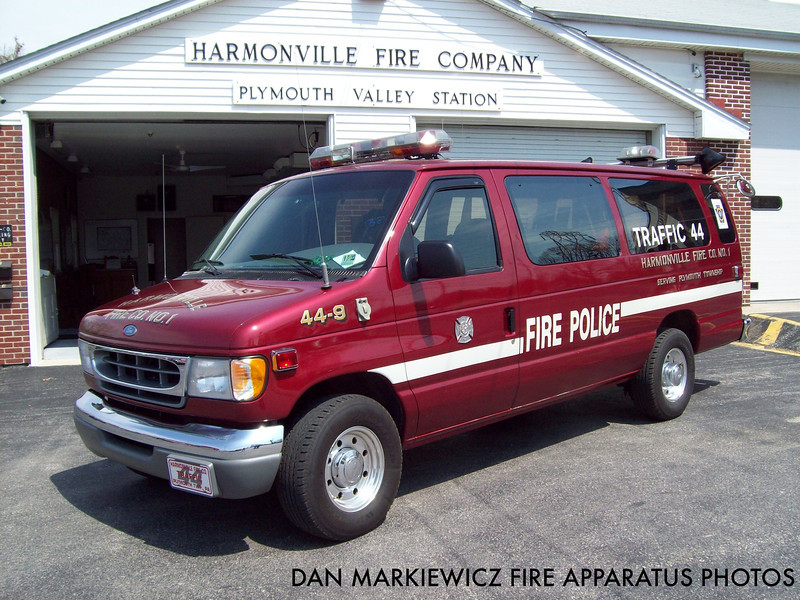 HARMONVILLE FIRE CO. TRAFFIC 44 1997 FORD TRAFFIC UNIT