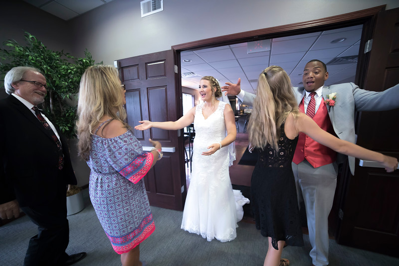 Laura & AJ Wedding (0957).jpg