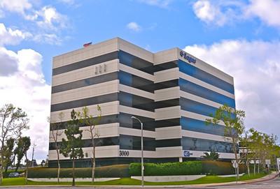 2,000 - 6,000 sq ft | 6-story office building - 3000 W MacArthur Blvd. Santa Ana