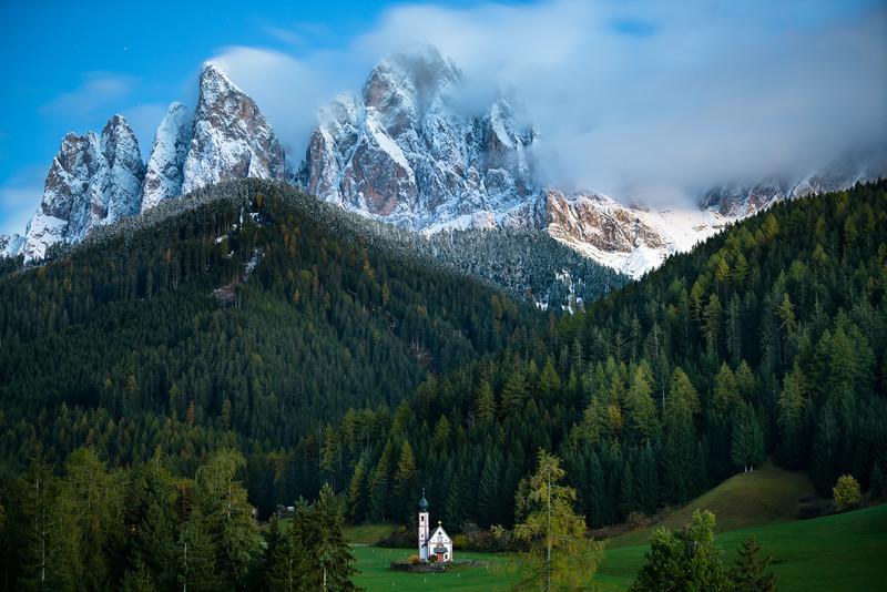 CHRIS BURKARD SONY DOLOMITES ITALY