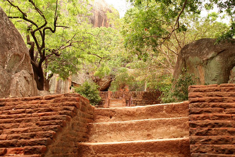 Sigiriya steps1444.jpg