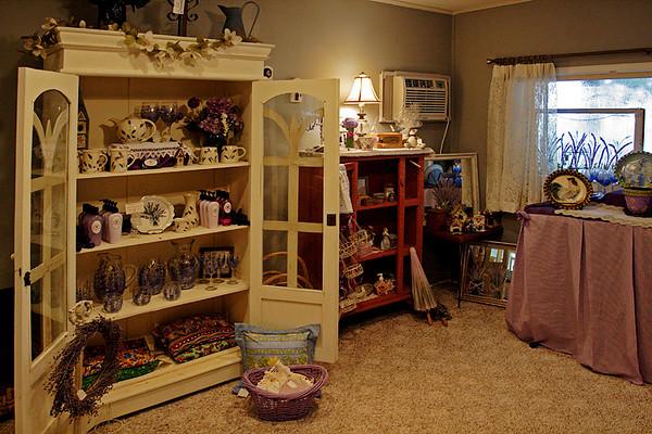 CHLF AUG 2007 Lavender Farm Gift Shop 2.jpg