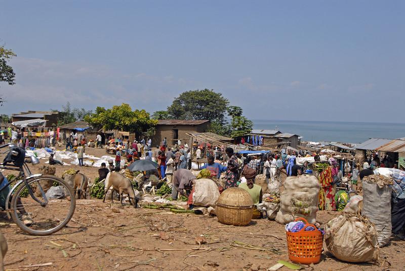 070103 3176 Burundi - Bujumbura - Trip to Antoines Village _E _L ~E ~L.JPG