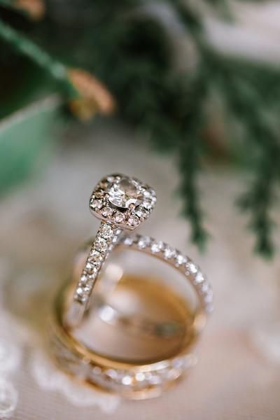 ERIKA + REGIS - MICRO WEDDING - 23.jpg