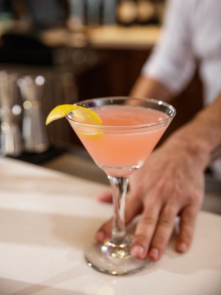 20-bartender lifestyle 6.jpg