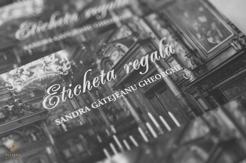 Pleiada_Lansare_Carte_Regala-0011.jpg