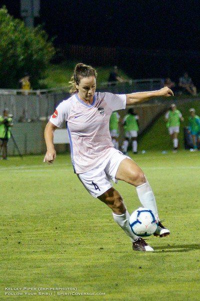 Houston Dash defender Allysha Chapman (4) at Maureen Hendricks Field in Boyds, MD, on July 20, 2019.