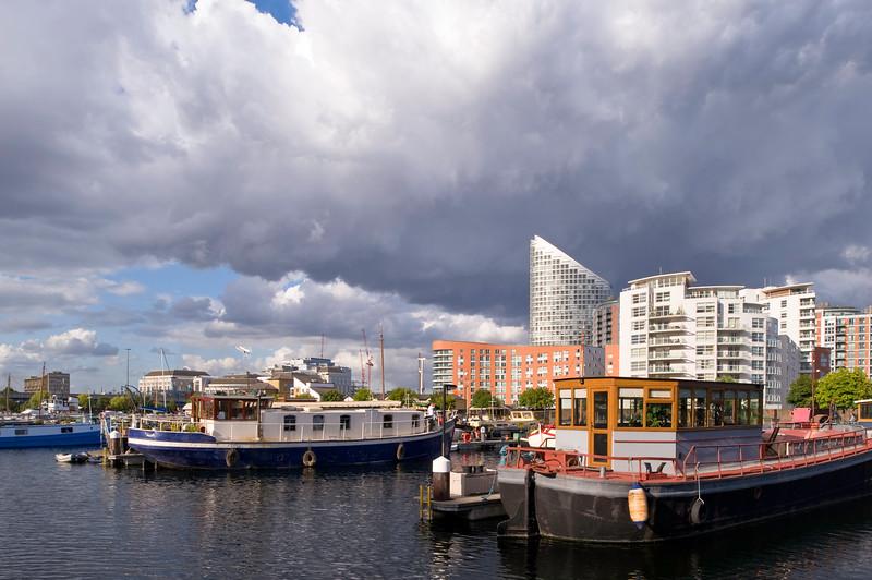 Houseboats in Blackwall Basin, Docklands, E14, London, United Kingdom