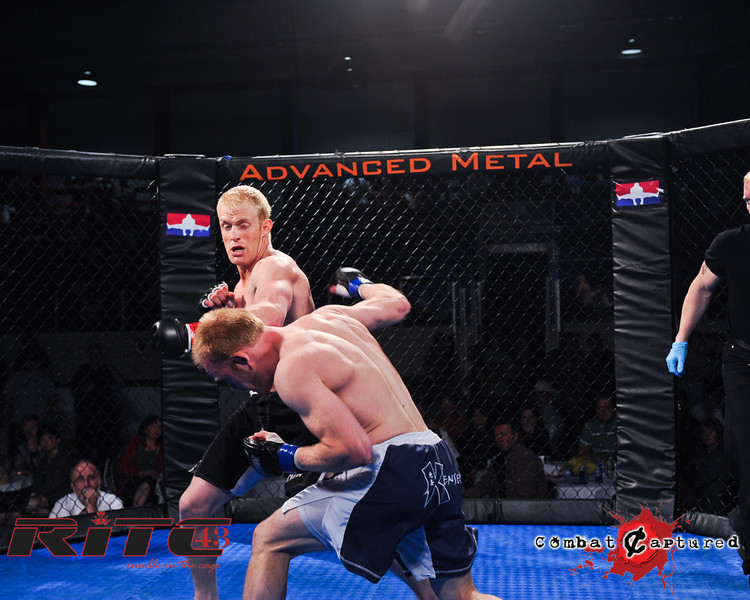 RITC43 B10 - Peter Neufeld def Trevor Wright_combatcaptured WM-0011.jpg