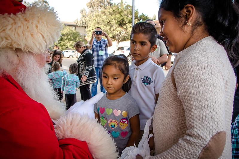 BOL_Santa_Visit-10.jpg