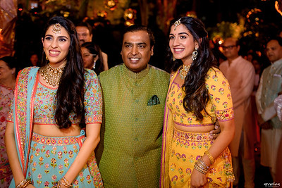 6. Dandiya Night | Family & friends