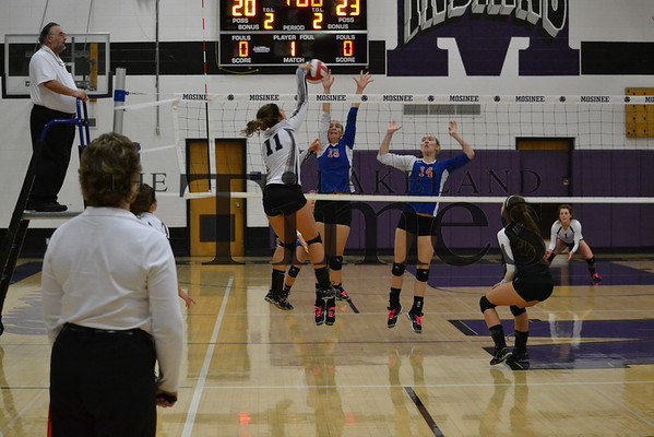LUHS Volleyball vs. Northland Pines