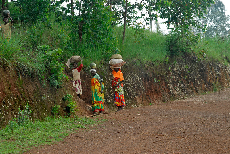 070114 4166 Burundi - on the road to Ruvubu Reserve _E _L ~E ~L.JPG