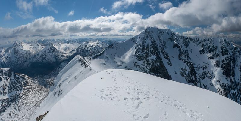 Carn Mor Dearg Summit Panorama