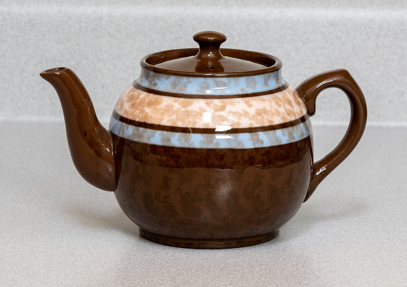 Lipton Tea Pot