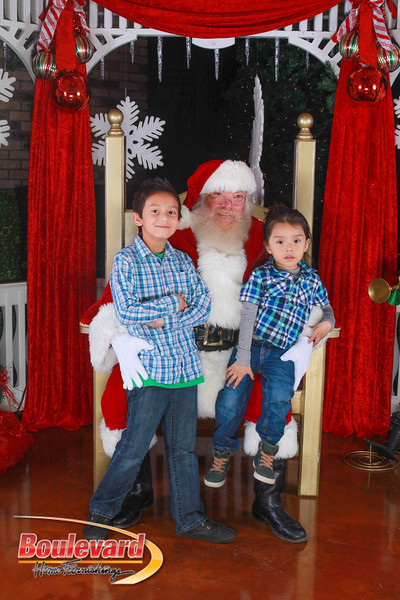 Santa 12-10-16-190.jpg