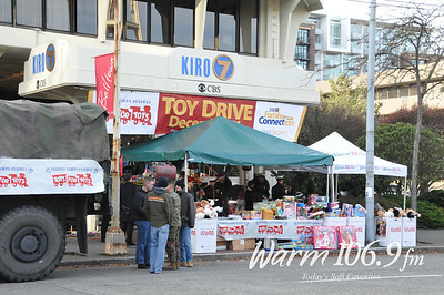 Warm 106.9 Toys for Tots drive at KIRO 7
