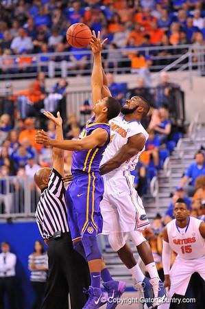 Gators vs LSU Tigers Basketball  03-01-2014