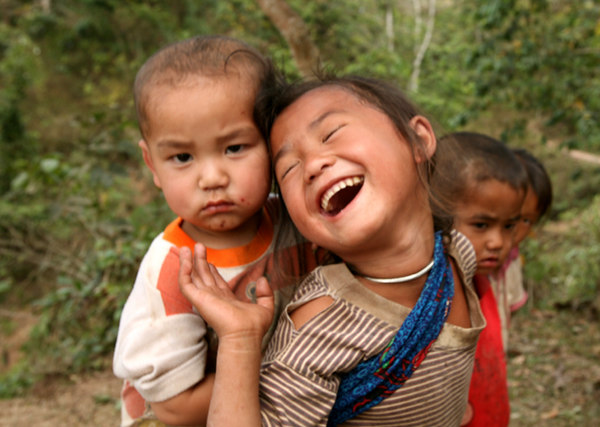 hmong kids1small.jpg