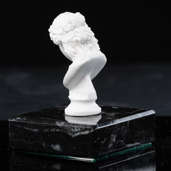Statue-6-506.jpg