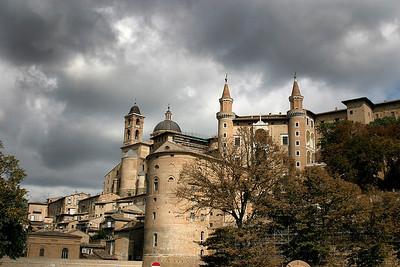 Umbria, San Marino, & Marches